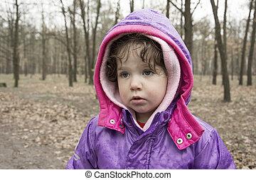 forest., petite fille, pluie