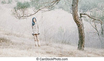 forest., wandelende, vrouw