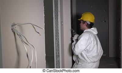 foret, vis, lumière électrique, constructeur, ouvrier, commutateur, couloir, outillage