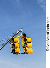 Forgalom, sárga, aláír