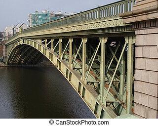 General de la Motte Rouge bridge built in 1885 on the Erdre river, Nantes.