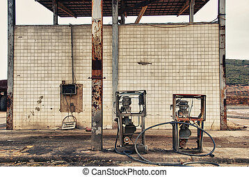 Forgotte worlds - old pumps - Abandoned fuel pumps Tharsis...