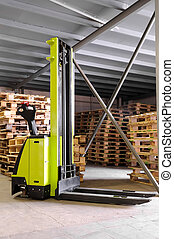 forklifter, stacker, in, magazijn