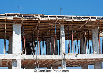 Form work on building under construction - Concrete ...