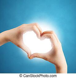 forma coração, mãos