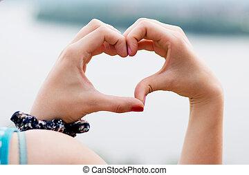 forma cuore, di, mani