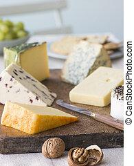 formaggi, selezione, britannico, noci, uva, biscotti