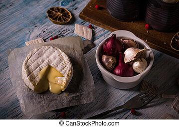 formaggio, cipolla, camembert, legno, caldo, aglio, asse