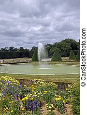 formal garden, flowers and fountain