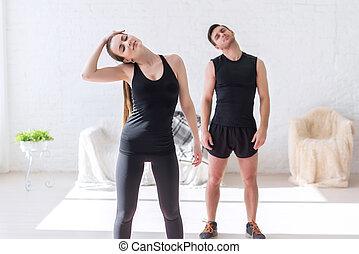 formation, concept, style de vie, crise, fonctionnement, couple, haut, sport, femme, fitness, homme, gymnase, chaud, cou