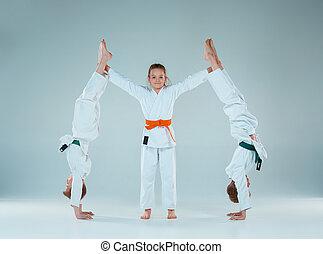 formation, concept, style de vie, school., garçons, sain, arts, combat, sports, martial, aikido