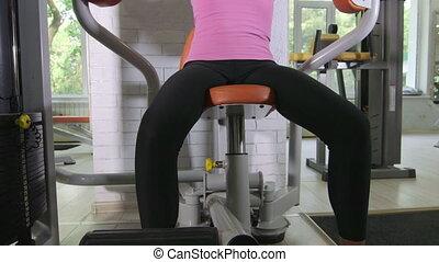 formation, femme, crise, poids, club, jeune, machine, santé, exercice forme physique
