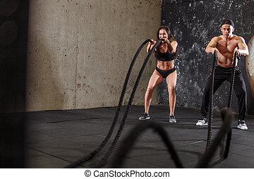 formation, femme, lutte, couple, ensemble, corde, séance entraînement, homme