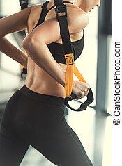 formation, femme, straps, trx, fitness, blond