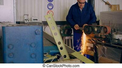 formation, machine, ouvrier, métal, 4k
