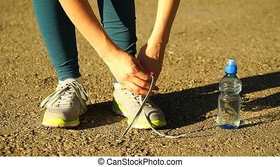 formation, shoes., courant, arrêté, dentelles, fitness, cravate, outdoors., girl