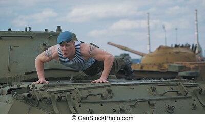 formation, soldat, tank., base., poussé, militaire