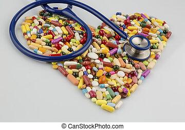 forme coeur, stéthoscope, pilules