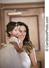 formell, mor, holdingen, tröttsam, förtjusande, dotter, klänning