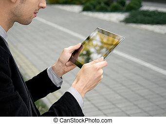 forretningsmand, arbejder, pc. tablet