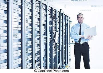 forretningsmand, hos, laptop, ind, netværk server, rum