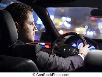 forretningsmand, kørende, automobilen