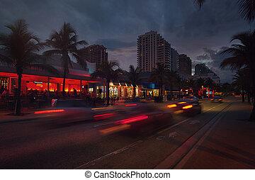Fort Lauderdale Beach blvd. at night - Ft Lauderdale,...