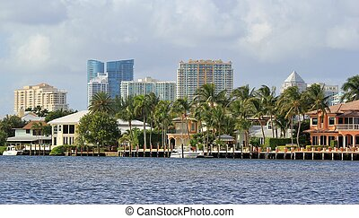 Fort Lauderdale skyline - A view of the Fort Lauderdale...