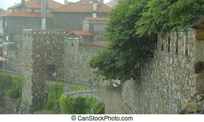 forteresse, pluie, sur