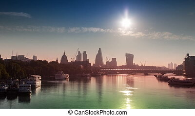 Forward and reverse timelapse of london skyline and river ...