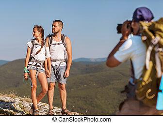 fotógrafo, tomar las fotos, en las montañas