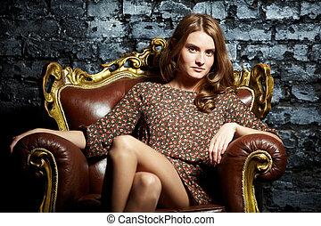 fotel, samica