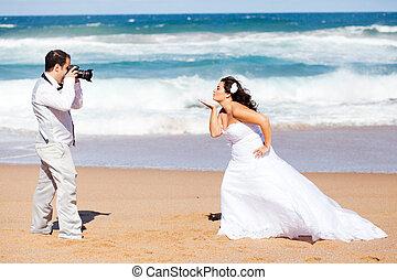 foto, boeiend, bruidegom, bruid