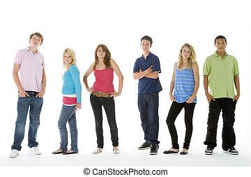 foto de grupo, de, adolescentes