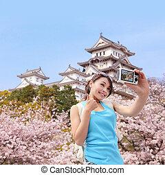 foto, gelukkige vrouw, nemen, reiziger