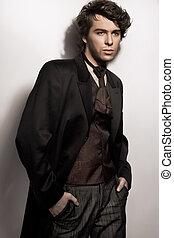 foto, joven, elegante, asombroso, posar, hombre