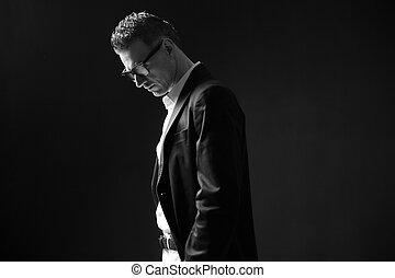 foto, pensieroso, nero, uomo affari, bianco, occhiali