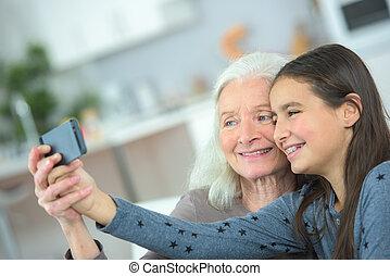 foto, presa, nonna
