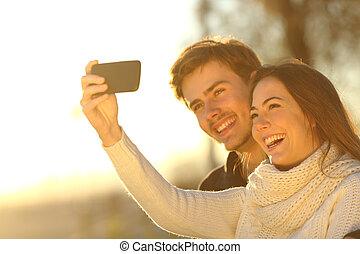 foto, selfie, telefoon, ondergaande zon , boeiend, paar, smart
