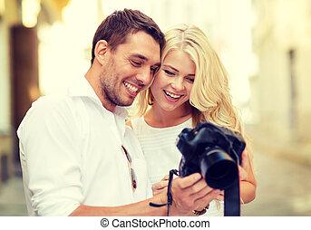 foto, sonriente, cámara, pareja