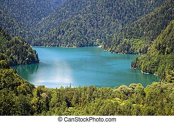 foto, von, blauer see, in, berge, landschaftsbild