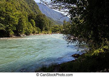 foto, von, blaues, fließenden wasser, in, berg, fluß