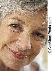 fotoapperat, ältere frau, lächeln, porträt