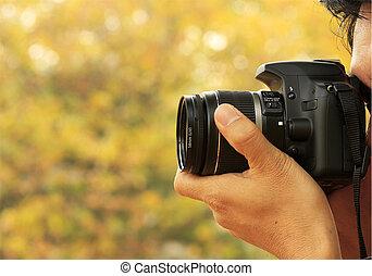 fotografo, presa, uno, sparare, con, uno, macchina fotografica digitale