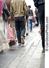 foule, marche, -, groupe gens, marcher ensemble, (motion, blur)