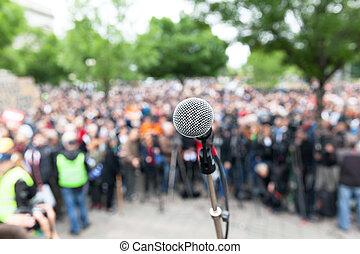 foule., microphone, politique, foyer, contre, brouillé, protestation, demonstration., ou