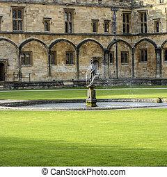 Fountain at Christ Church College, Oxford