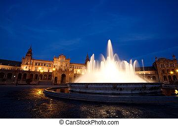 fountain by Plaza de Espana at night