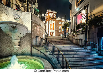 Fountain in Rodeo drive