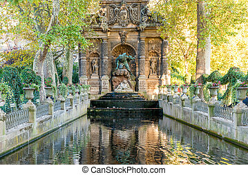 Fountain Medici in luxembourg garden in Paris